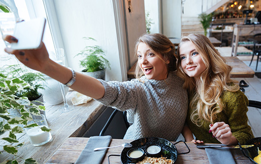 Why Face-Aging Selfie Apps Encourage Healthy Skin Behaviors in Teens